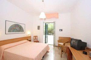 camera hotel mediterraneo vieste