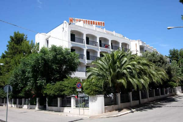 Hotel mediterraneo albergo 4 stelle in centro a vieste for Hotel 4 stelle barcellona centro