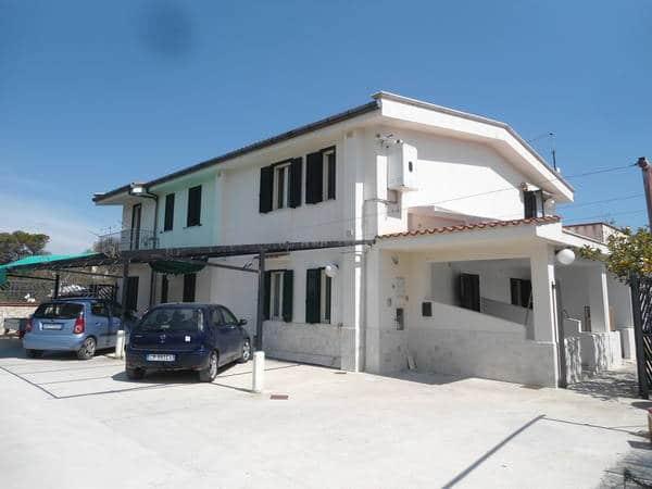 Villa Simone, appartamenti sul mare pizzomunno vieste