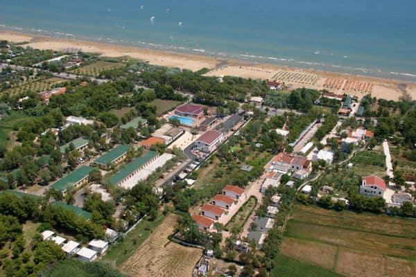 Residence vieste sul mare villette lungomare mattei for Appartamenti vieste
