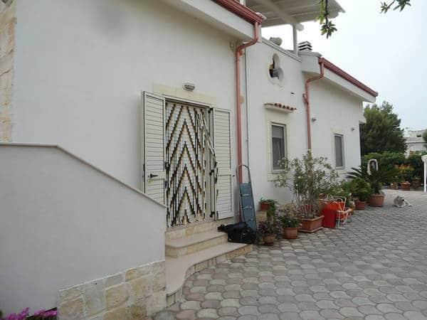 Villetta puccini appartamenti bilocali vicino al mare e for Appartamenti al centro di barcellona